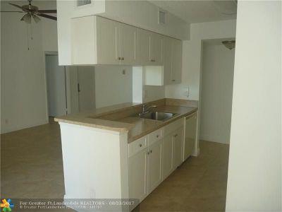 Tamarac Condo/Townhouse For Sale: 5628 Rock Island Rd #193