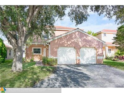 Pembroke Pines Single Family Home For Sale: 1923 NW 184th Way