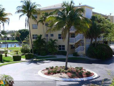 Deerfield Beach Condo/Townhouse For Sale: 230 N Federal Hwy #405