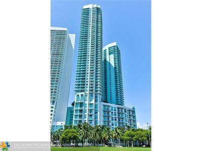 Miami Condo/Townhouse For Sale: 1900 N Bayshore Dr #602