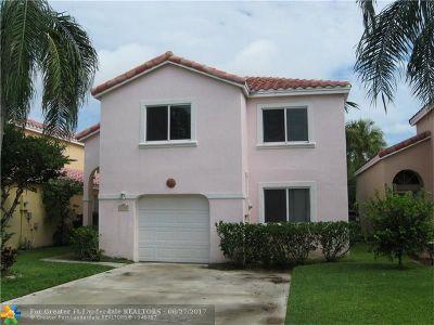 Dania Single Family Home For Sale: 1055 SE 6th Ave