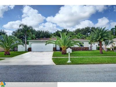 Boca Raton Single Family Home For Sale: 10700 Emperor St