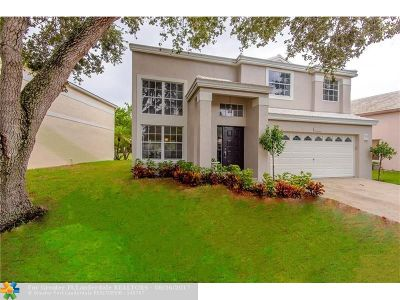 Plantation Single Family Home For Sale: 9322 NW 8th Cir