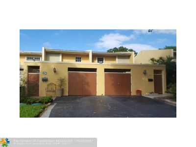 Pompano Beach Condo/Townhouse For Sale: 3077 N Palm Aire Dr. #3077