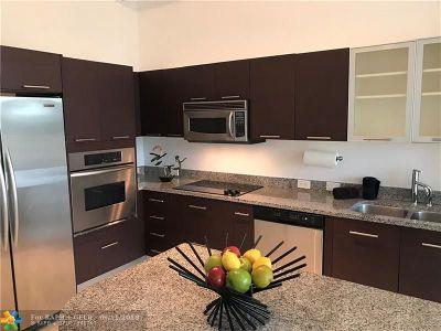 Aventura Condo/Townhouse For Sale: 3029 NE 188th St #511