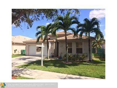 Davie Single Family Home Backup Contract-Call LA: 13743 Garden Cove Ct