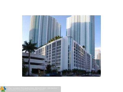 Miami Condo/Townhouse For Sale: 950 Brickell Bay Dr #2607