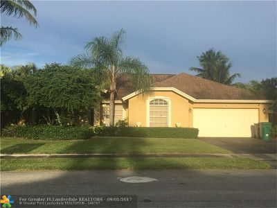 Davie Single Family Home For Sale: 500 Greaton Ave