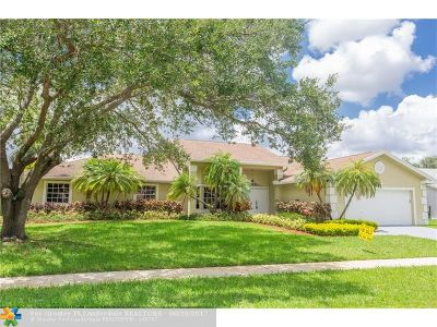 Pembroke Pines Single Family Home For Sale: 220 NW 197th Ave