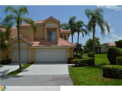 Boca Raton Condo/Townhouse For Sale: 23085 Aqua Vw #8