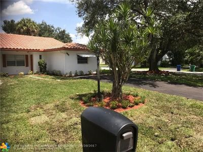 Coral Springs Single Family Home For Sale: 8105 NW 39th Street