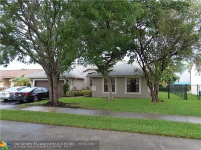 Coconut Creek Single Family Home For Sale: 5132 NW 51st Ter