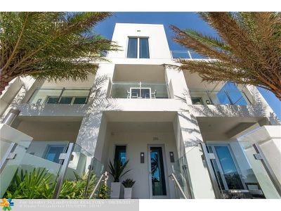 Lauderdale By The Sea Condo/Townhouse For Sale: 244 Garden Ct #244