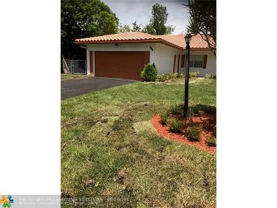 Coral Springs Single Family Home For Sale: 8115 NW 39 Street