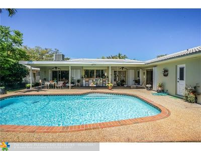 Hollywood Single Family Home For Sale: 4860 N Hills Dr