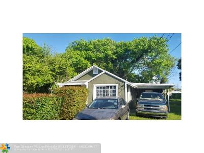 Miami Single Family Home For Sale: 3123 NW 52nd St