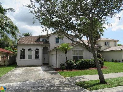 Davie Single Family Home For Sale: 13986 S Cypress Cove Cir