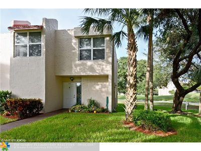 Davie Condo/Townhouse Backup Contract-Call LA: 9401 Evergreen Pl #101