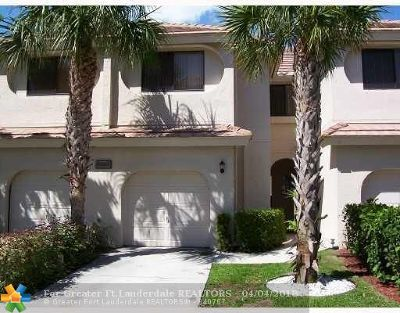 Boca Raton Condo/Townhouse For Sale: 6350 Longboat Ln #D103