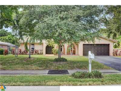 Coral Springs Single Family Home For Sale: 766 Ramblewood Dr