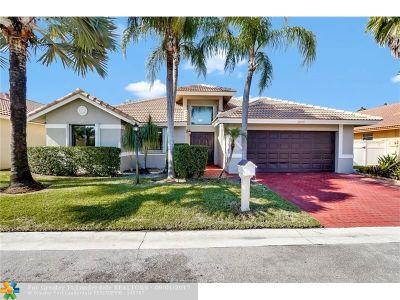 Pembroke Pines Single Family Home For Sale: 11571 SW 10th St