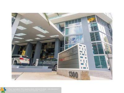 Miami Condo/Townhouse For Sale: 1300 Brickell Bay Dr #1810
