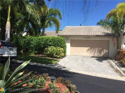 Boca Raton Single Family Home For Sale: 796 Camino Gardens Ln