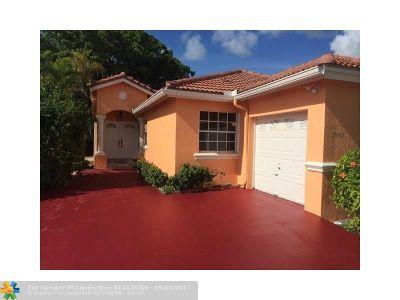 Miami Single Family Home For Sale: 15440 SW 95th Ln