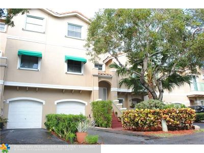 Sunrise Condo/Townhouse For Sale: 1423 NW 126th Ln #1423