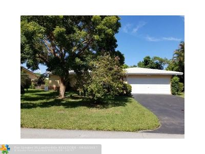 Coral Springs Single Family Home For Sale: 7961 NW 37 Drive