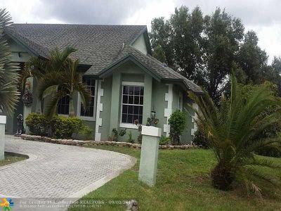 Plantation Single Family Home Backup Contract-Call LA: 2150 NW 123 Av