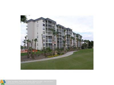 Plantation Condo/Townhouse For Sale: 250 Jacaranda Dr #304