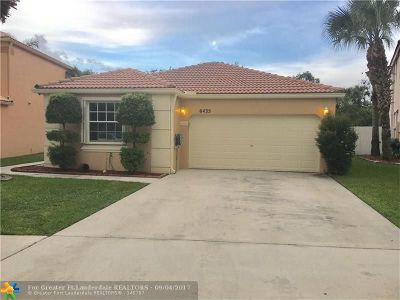 Lake Worth Single Family Home For Sale: 6435 Branchwood Dr