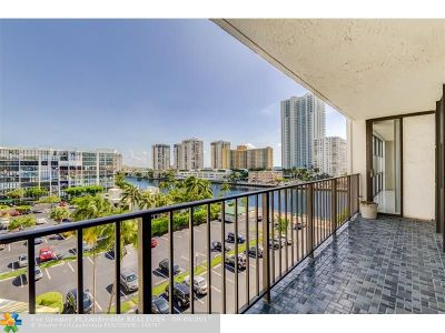Hallandale Condo/Townhouse For Sale: 800 Parkview Dr #715