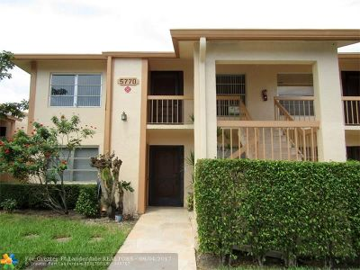 Delray Beach Condo/Townhouse For Sale: 5770 Princess Palm Ct #D