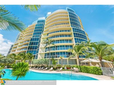Broward County Condo/Townhouse For Sale: 1200 Holiday Dr #105