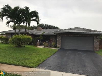 Plantation Single Family Home For Sale: 9457 NW 11th St