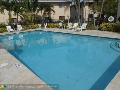 Oakland Park Condo/Townhouse For Sale: 2907 NE 8th Ter #201