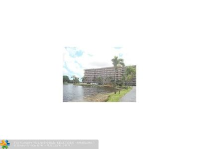 Plantation Condo/Townhouse For Sale: 250 Jacaranda Dr #311