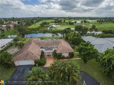 Plantation Single Family Home For Sale: 120 W Tropical Way
