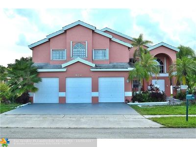 Pembroke Pines Single Family Home For Sale: 920 NW 197th Ave