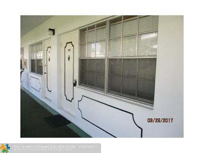 Fort Lauderdale Condo/Townhouse For Sale: 5200 NE 24th Ter #C120