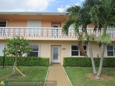 Delray Beach Condo/Townhouse For Sale: 2005 NW 18th St #102