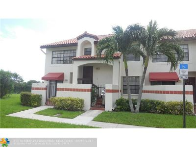 Deerfield Beach Condo/Townhouse For Sale: 402 Lincoln Ct #402