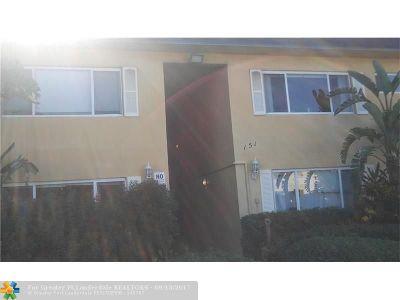 Pompano Beach Condo/Townhouse For Sale: 151 SE 6th Ave #4