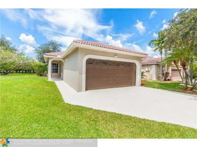 Pembroke Pines Single Family Home For Sale: 604 NW 183rd Way