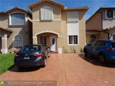 Miami Single Family Home For Sale: 16263 SW 97th St