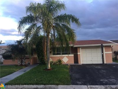 Sunrise Single Family Home For Sale: 9310 NW 26th Pl