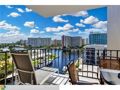 Fort Lauderdale Condo/Townhouse For Sale: 2881 NE 33rd Ct #8D