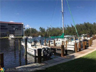 Deerfield Beach Condo/Townhouse For Sale: 1523 E Hillsboro Blvd #735